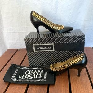 GIANNI VERSACE Vintage Black Leather Gold Chain